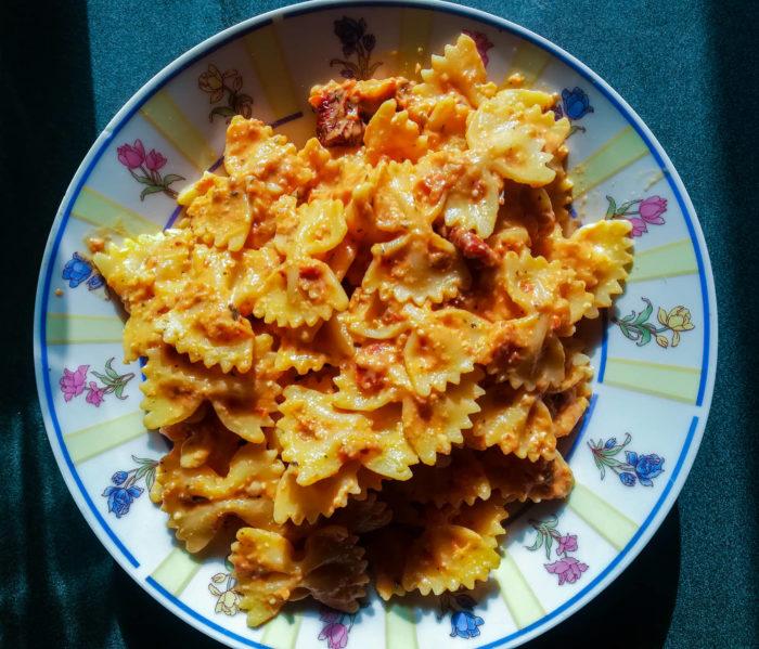 Creamy Sun-Dried Tomato Pasta plate