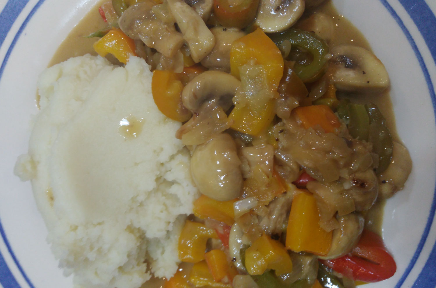 doryne-abela-Mushroom-and-Pepper-Stroganoff-main