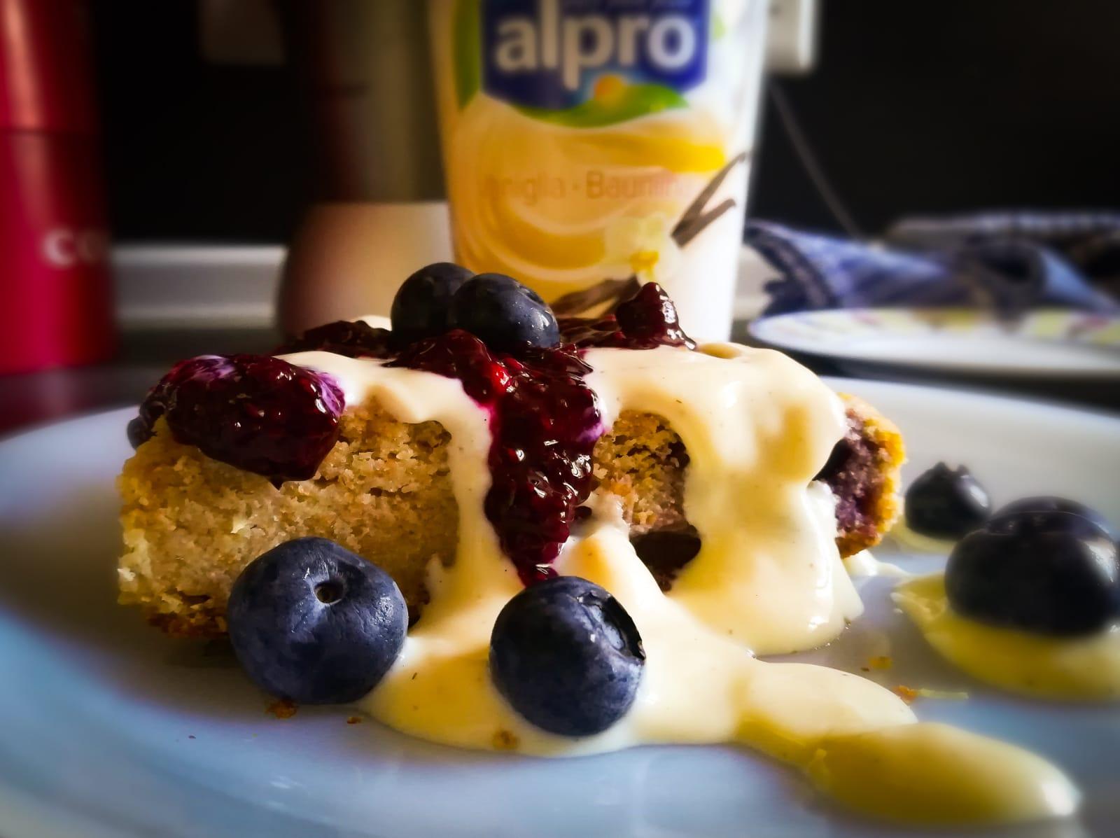 ramona debono Lemon Blueberry Yoghurt Blender Cake ready