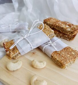 Cashew apricot protein bars
