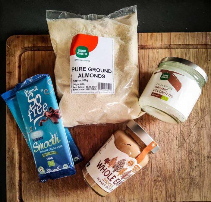 peanut-butter-cups-vegan-recipe-ingredients-ramona-debono