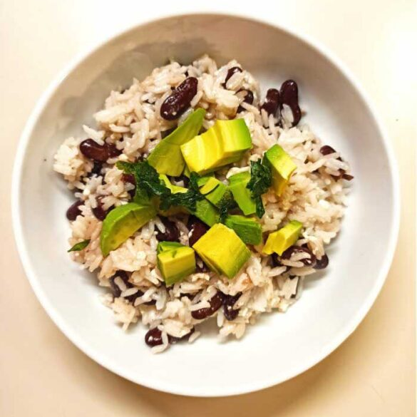 Coconut-rice-with-kidney-beans