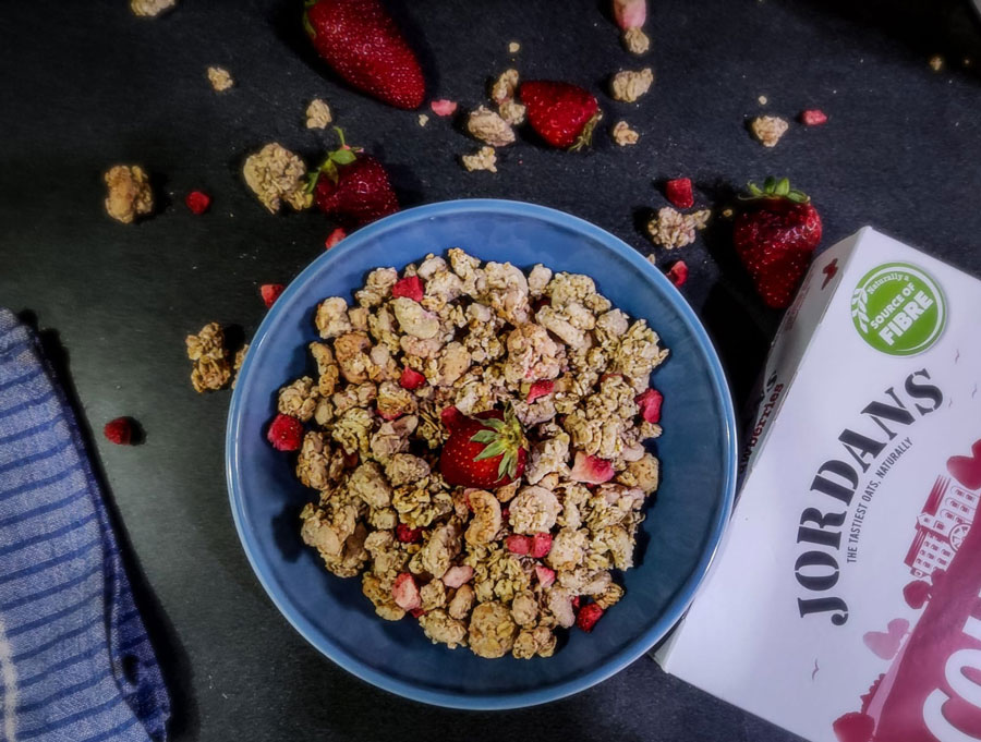 jordans-country-crisp-review-strawberry