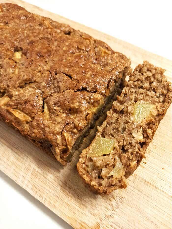 cinnamon-apple-loaf-vegan