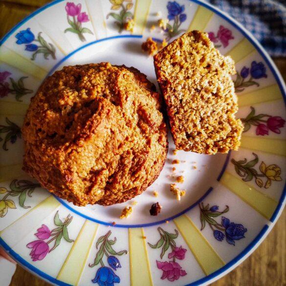 Applesauce Oat Muffins vegan recipe